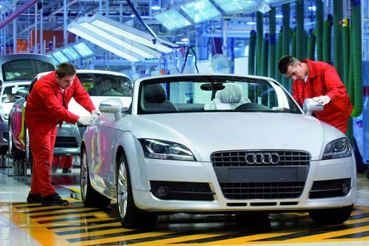 Audi CEO Says German Carmaker to Reach 2012 Goals