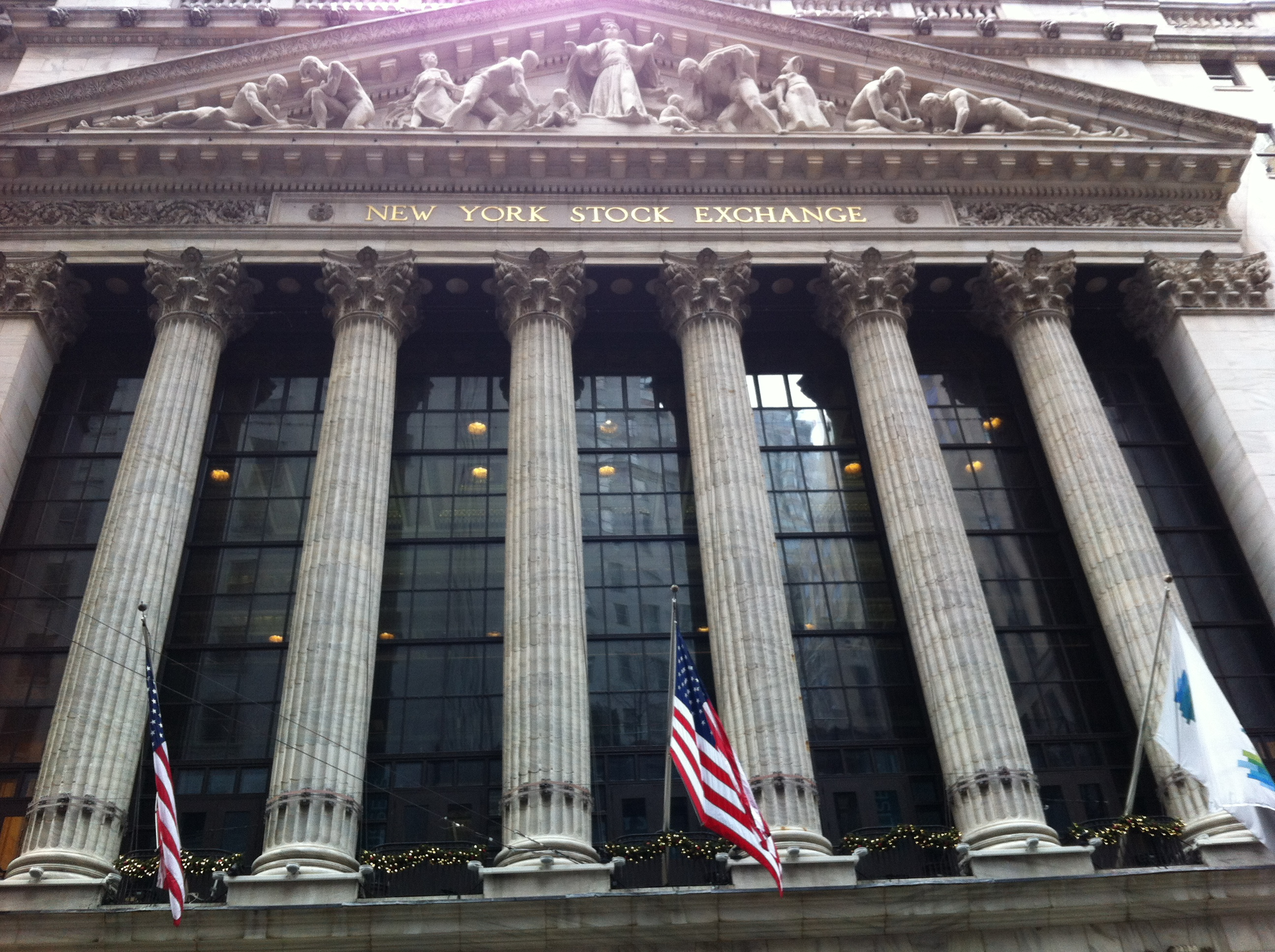 NYSE Pic Color